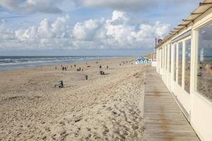 Paal 20: am Strand von De Koog