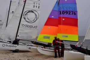 DSC 0003 300x199 Runde um Texel 2016: Zu wenig Wind für viele Katamarane